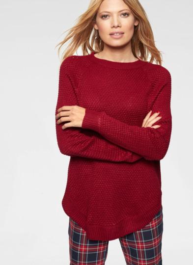 roter pullover - Modetrends Herbst 2020: Diese Kleidungsstücke sind ein Muss in Ihrer Garderorbe
